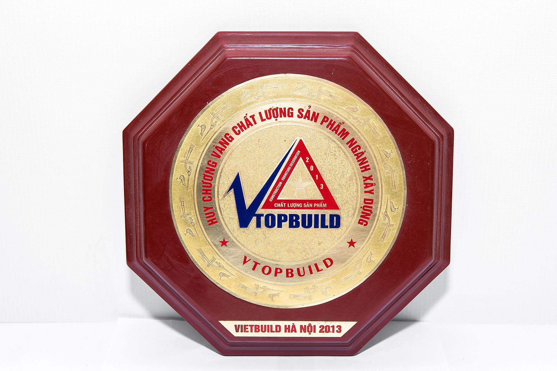 SHALUMI  nhận Huy chương vàng chất lượng cao ngành Xây dựng năm 1999