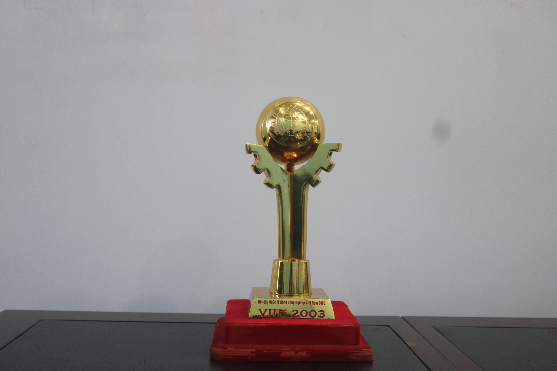 Cúp hội chợ Quốc tế Hàng Công Nghiệp Việt Nam 2003